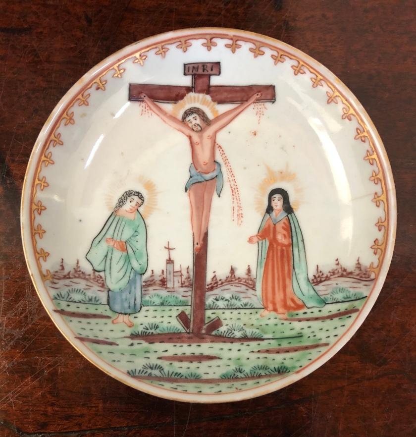 Crucufixion saucer w Mary, John, Chinese Export 1745