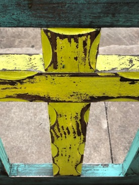 Cross on bench 3 yellow, Fredericksburg, TX